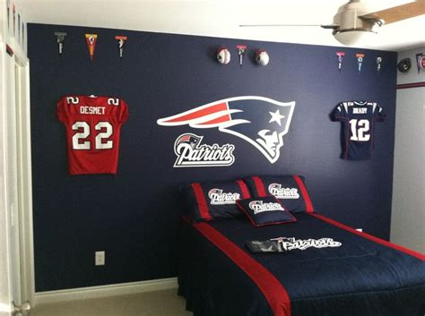 new england patriots bedroom new england patriots room paint ideas google search game room 2015 pinterest