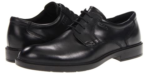 rainy shoes for mens the best s shoes for rainy days business insider