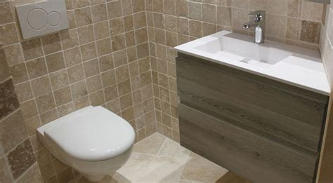 Incroyable Meuble Salle De Bain Faible Profondeur #2: meuble-pour-angle-dans-petite-salle-de-bain.jpg