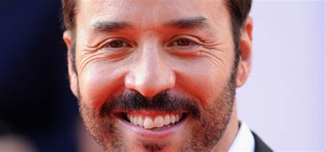 Piven Prefers Taking To Carpet Events by Piven Promises Loads Of Cameos In Entourage