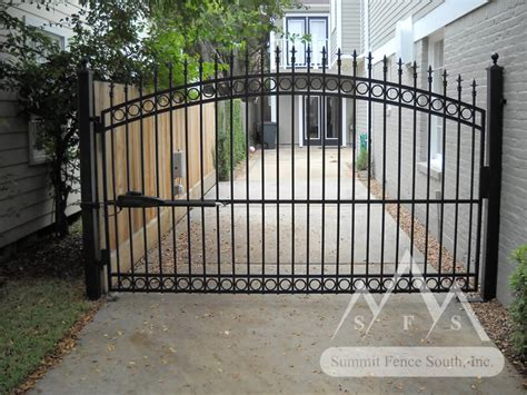 fence gates iron gates and fences designs