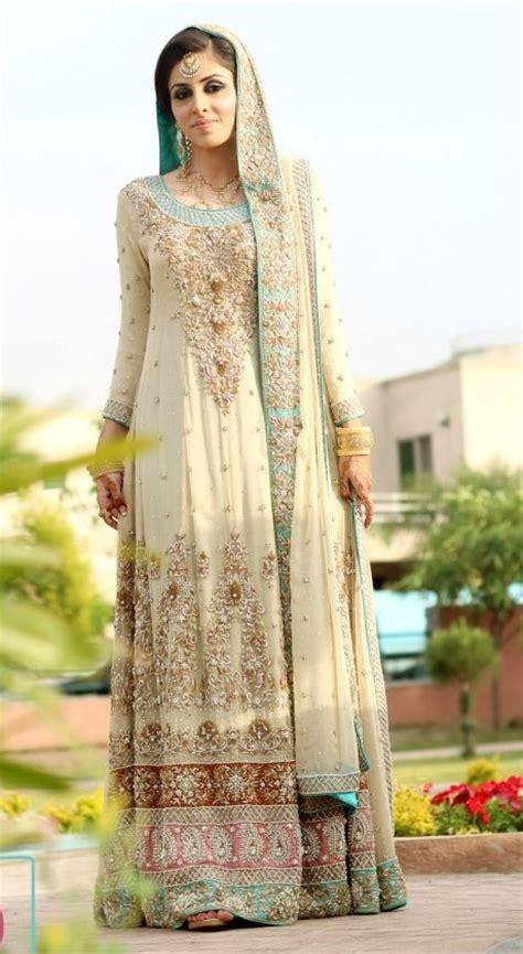 Designer Indian Wedding Dresses by Indian Designer Wedding Dresses For 2018