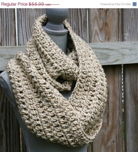 cowl pattern chunky yarn chunky crochet cowl infinity scarf yarn yumm