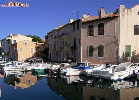 porto della francia porto canale di martigues la venezia della francia