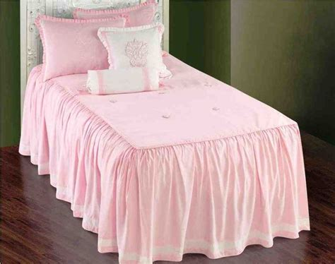 target twin comforter sets 1000 ideas about twin comforter sets on pinterest dorm