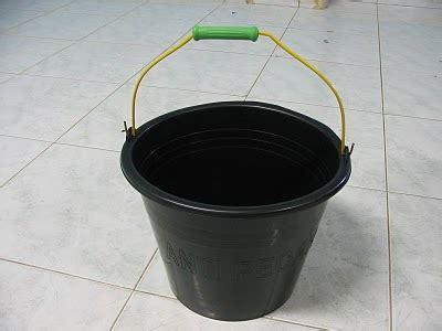 Ember Hitam 35 Liter distributor ember cor dan baskom