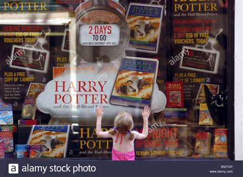 harry potter fan stuff harry potter memorabilia fans pictures to pin on pinterest