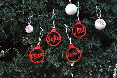 adornos de navidad personalizados con el nombre en forma