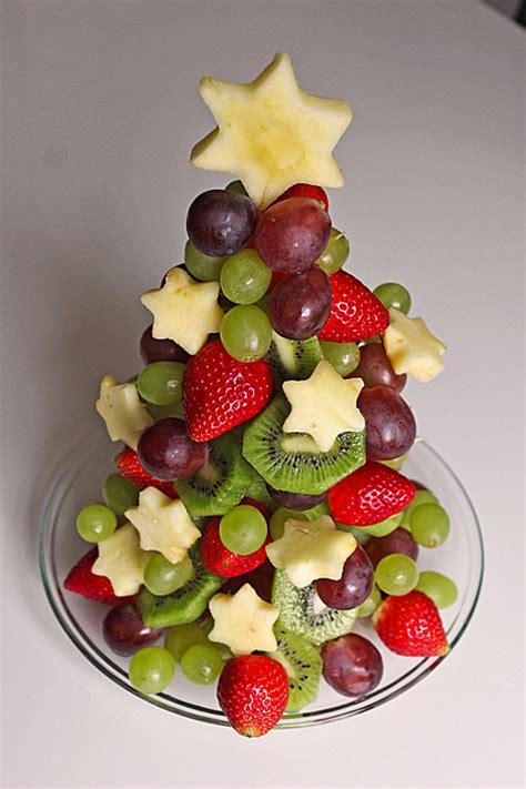 obst anrichten obst weihnachtsbaum rezept mit bild moosmutzel311