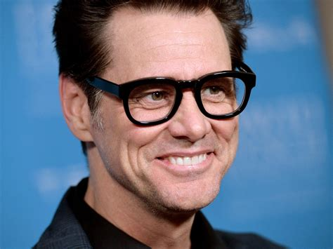 jim carrey jim carrey apologises to family for posting picture of