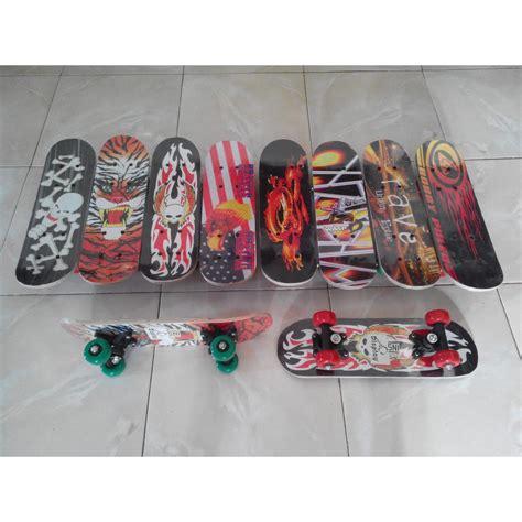 Skateboard Scooter Elektrik Hobi Anak Sekarang papan seluncur skateboard anak mini skate board sepatu