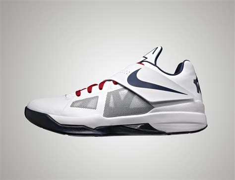 team usa basketball shoes usa men s basketball team members debut nikeid shoes