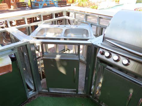 Diy Outdoor Kitchen Frames by Bbq Island Frame Diy Bbq