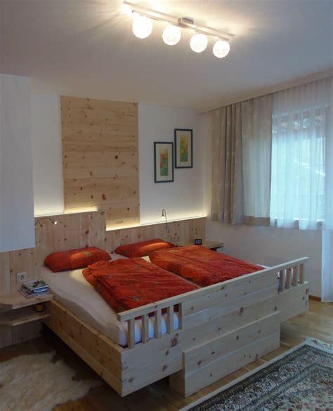 schlafzimmer zirbe modern schlafzimmer zirbe speyeder net verschiedene ideen f 252 r