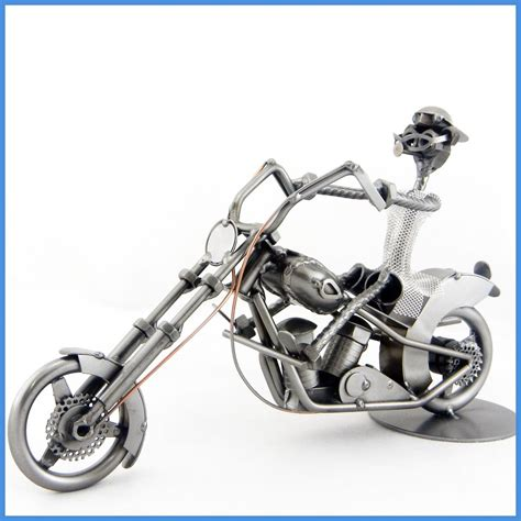 Harley Davidson D 4 5cm Grtk Jpg handgefertigte metallskulptur harley davidson chopper