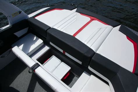 four winns boat dealers bc 2013 four winns h210ss tested reviewed on boattest ca