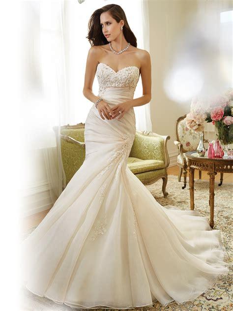 Myna Basic Dress sweetheart neckline organza wedding dress