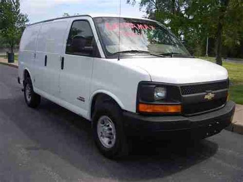 sell used 2006 chevrolet express 2500 6 6l duramax diesel auto transmission runs great in saint