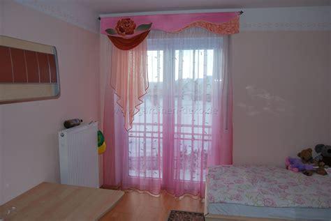 kinderzimmer deko pink kinderzimmer vorhang im klassischen stil in pink und lachs