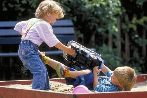 Toys Play Sand Others lidando a agressividade na educa 231 227 o infantil eduqa me