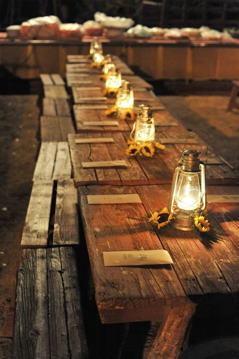 Dining Room Table Cloths by 30 Inspirational Rustic Barn Wedding Ideas Tulle