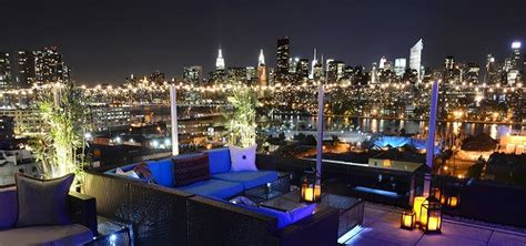 roof top bar manhattan manhattan living 183 rooftop bars with a view in every borough