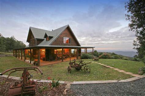 farmhouse wrap around porch
