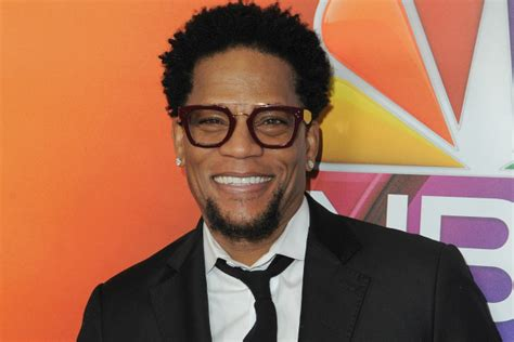 current black celebrity news dl hughley slams trump and his black celebrity supporters
