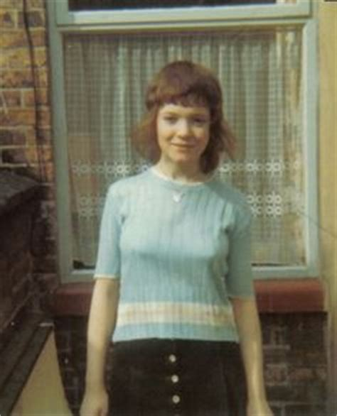 1970s feather cut 1000 images about shags on pinterest feather cut joan