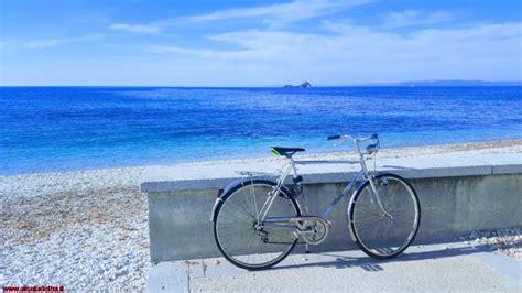 spiaggia le ghiaie spiaggia di le ghiaie a portoferraio isola d elba