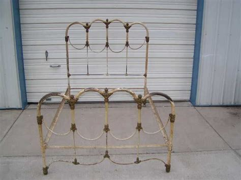 antique cast iron bed antique wrought iron bed home decor inspiration pinterest