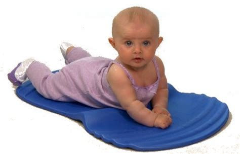 Tummy Time Mats For Newborns by Well Baby Tummy Time Mat 40 5 Tummy Time Mats To Keep
