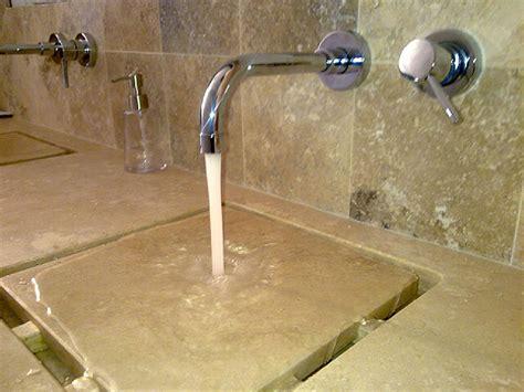 vasche da bagno in pietra composizione piano mobile da bagno con lavabo essenziale