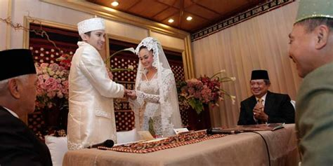M Amien Rais Putra Nusantara Biografi amien sby berbalas saksi pernikahan anak nasional www inilah