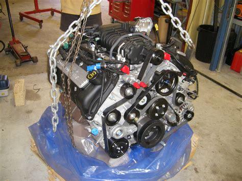 Ford Modular Engine by Ford Modular V 8