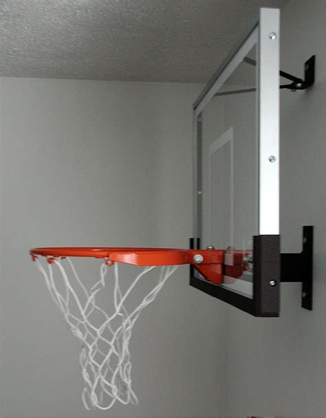 17 best ideas about basketball bedroom on