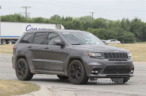 trackhawk jeep hellcat spied jeep grand cherokee trackhawk totally undisguised