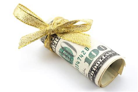 how debit card rewards programs work   gobankingrates
