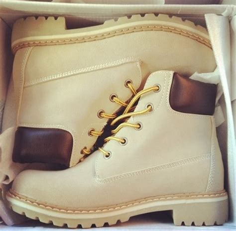 Timberland Boots One Pillow Coklat shoes beige light timberlands timberland boots