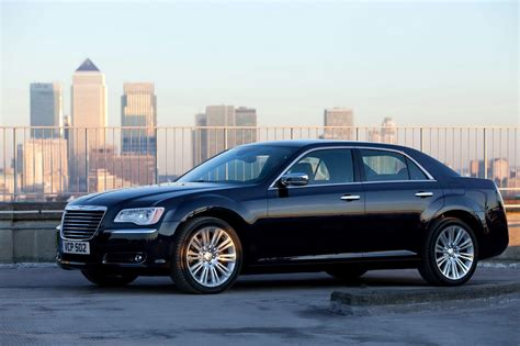 chrysler 300c 2013 كرايسلر اسود chrysler 300c 2013 المرسال