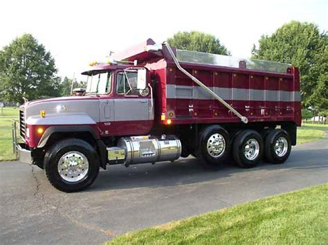 r and d trucks marron grey mack rd legend dump jpg bmt member s gallery