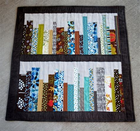 quilting bookshelf quilt wallhanging sewing mamas