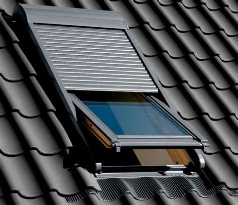 dachfenster mit rolladen neue rollladen generation velux bereits ausgezeichnet