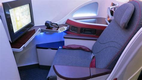 airways business class seats pictures in seat pictures qatar airways new boeing 787 business