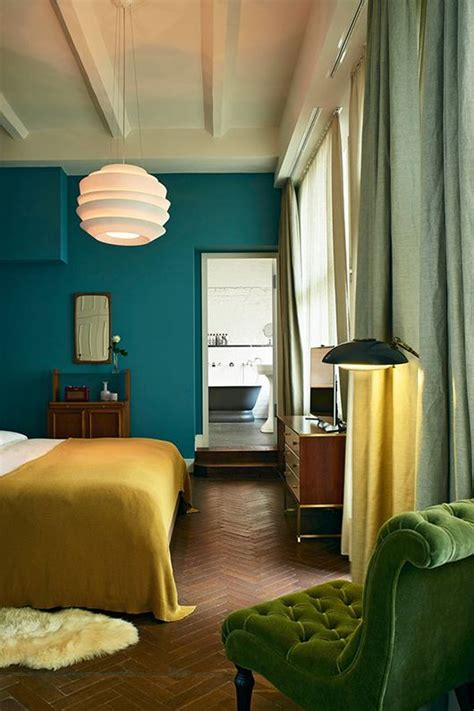 teal walls bedroom http jensen beds com like this green color