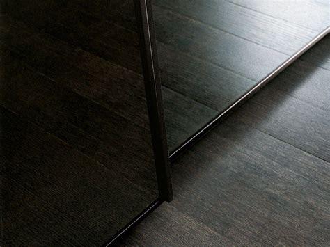 armadio in vetro armadio in vetro con ante scorrevoli one by poliform
