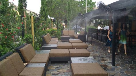 backyard misting system misting direct brand misting system in action outdoor