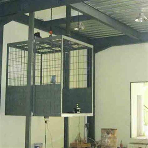 Cargo Lift Lift Barang Elevator lift cargo barang alat bantu kerja untuk proyek pembangunan gedung bertingkat alat ini adalah