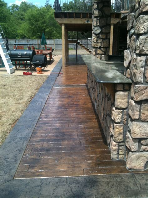 wood plank sted concrete images