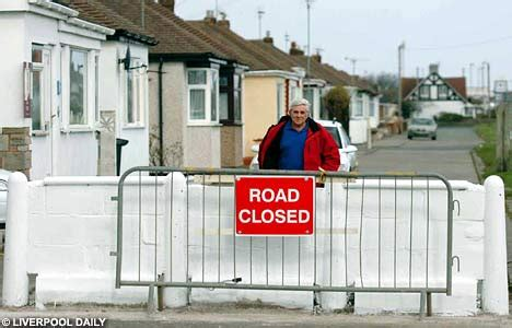 section 116 highways act 1980 fed up resident builds wall across road to stop motorists
